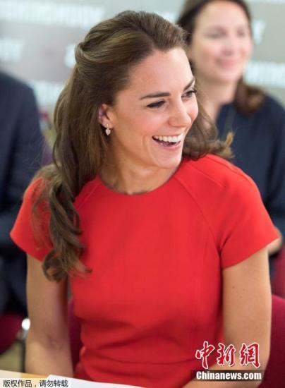 凯特王妃 英女王图片