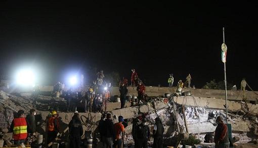 多方力量紧急救援墨西哥地震灾区