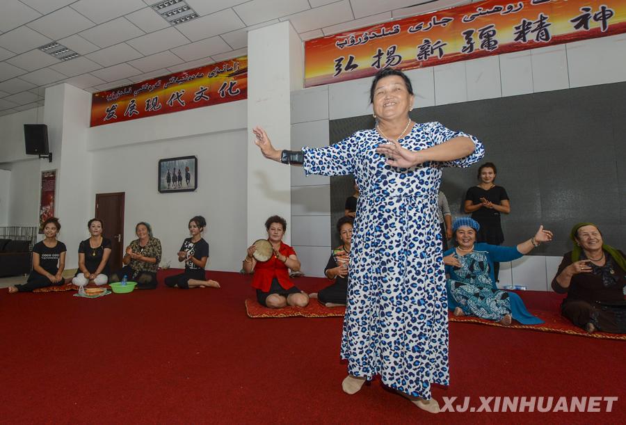 让现代文化为幸福导航——新疆推进文化大发展大繁荣综述