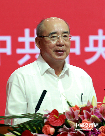 吴伯雄 两岸经贸文化论坛在广州举行具有历史意义
